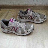Кожаные кроссовки /New Balance-100 оригинал /40.5размер!!!