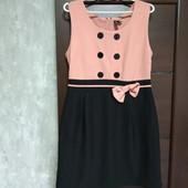 Фирменное красивое платье в состоянии новой вещи р.14-16