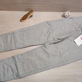 Плотные спортивные штанишки для девочки! 128 рост! 329 грн по ценнику!