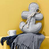 Декоративная подушка в морском стиле виде якоря, размер 32 x 52 x 7 см от Tchibo (германия)