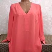 Красивая женская блуза By Very, размер М