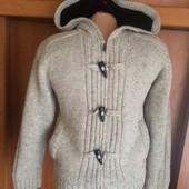 Кофта, куртка. внутри на шерпе, размер 9-10 лет 134-140 см. C&A. сост. отл.