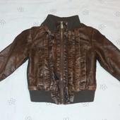 """Фірмова куртка Piaza Italia 4/5років) Добротна еко шкіра з ефектом """"потертості"""" Стан ідеальний!"""