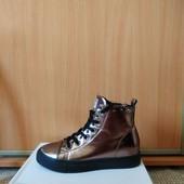 Женские ботинки Sasha Fabiany