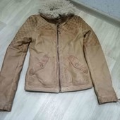 ZARA/демисезонная куртка/екокожа) XS!!!