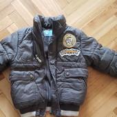Классная теплая курточка для мальчика на 3-4 года