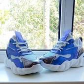 Модные кроссовки (38 - 24,2см)