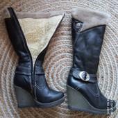 Зимние кожаные сапоги, состояние новых, 23,5 см.