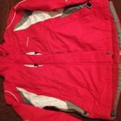 Фірмова куртка, стан нової