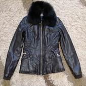 Куртка тепла з натуральним хутром