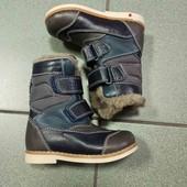новые зимние сапожки кожаные