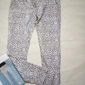 Трикотажные спортивные штаны с принтом р. М