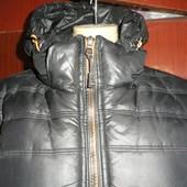 Теплая куртка на синтапоне в хорошем состоянии.