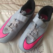 Яркие бутсы Nike uk13/31.5/19.5 см