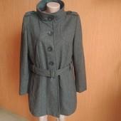 Пальто стильное 65 % шерсть ланы в очень хорошем состоянии
