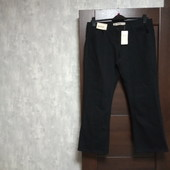 Фирменные новые плотные коттоновые джинсы р.16Р-18.