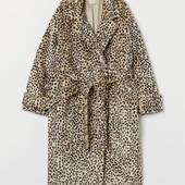 Пальто из искусственного меха оверсайзH&M не пропустите! Без пояса.!