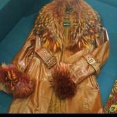 Кожаный плащ с натуральным мехом