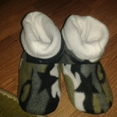 новые теплые тапочки жля мальчика 27-28