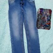 Бомбезные утеплённые фирменные джинсы+подарок!На девочку 4-6 лет