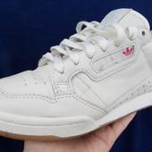 Кроссовки Adidas натур кожа-размер 39-25 см стелька