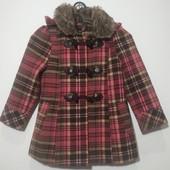 Яркое теплое пальто в клетку для девочки