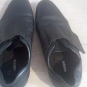 Кожаные adidas кросовки прогулочные унисекс 38