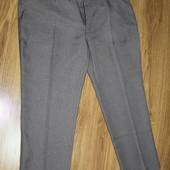 брюки классика очень большого размера, на вид как новые. сделаны в Марокко, 53 см пот, 62-63 см поб