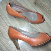 Ecco. Красивые яркие туфли. 24 см