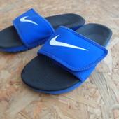 Шлепанцы Nike оригинал 35 разм-22,5 см