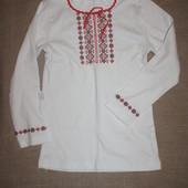 новая вышиванка 6-7 лет длинный рукав красная вышивака