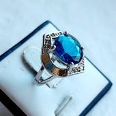 Серебряное кольцо с london blue топазом, Р.17.25, 925 проба 238/16