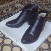 Чорні ботинки, 36 размер, стелька 23