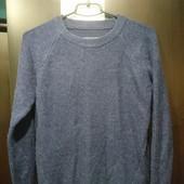 Мягкий женский свитер