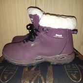 Зимние,фирменные ботинки утепленные натуральной,густой овчиной!Отличное состояние,по стельке 24 см.