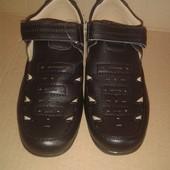 Распродажа. детские туфли 33 размер