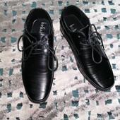 Отличные туфли для юного джентельмена из Европы! размер 29! Замеры!