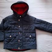 Куртка на флисовой полкладке.