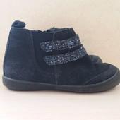 Удобные и легкие ботиночки замшевые демисезонные