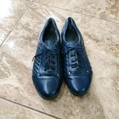 Шкіряне взуття туфлі макасіни р.40