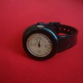 Часы механические Avon