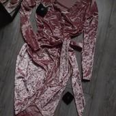 Платье на запах стразы блестят огонь мрамарный бархат верюр пудровый розовый