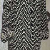 Модное, теплое пальтишко в елочку 50 р-р. Смотрите пож. замеры!