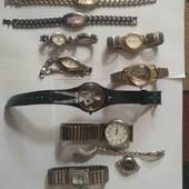 женские часы, рабочие, одни на выбор