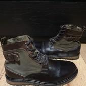 Ботинки із натуральної шкіри зовні і всередині 41 рр і устілка 27,5 см.