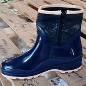 Нові Гумові чобітки 39р 25см устілка