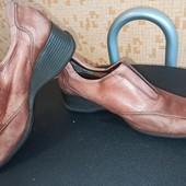 Туфли clarks кожаные 37р.