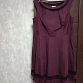 Фирменное красивое коттоновое платье в отличном состоянии р.24