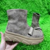 Стильнячие ботинки Balenciaga на флисе