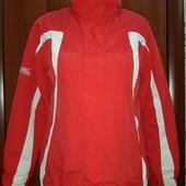 Куртка фирмы Chinook ski,размер 38,Качество!Состояние Новой!